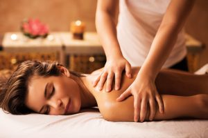 8 Wonderful Benefits of Massage Therapy For a Healthier Life